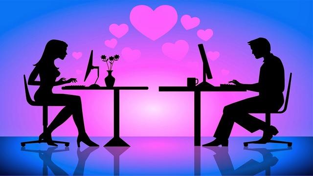 Finti Fidanzati, la nuova moda sui social