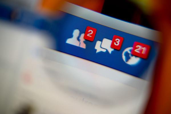 Come sapere a chi è intestato un numero di telefono con Facebook